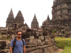 A Visit to World's Largest Buddhist Temple – Borobudur